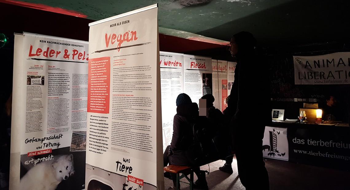 Ausstellung von die tierbefreier e.V.